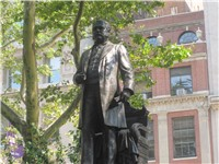 Chester A. Arthur statue at Madison Square in New York City