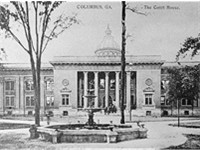 The Muscogee County Courthouse in 1941, which was destroyed in 1970.