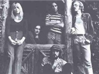1973 lineup with Christine McVie, Mick Fleetwood, Bob Weston, John McVie, and Bob Welch.