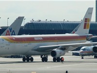 """Airbus A340-300 """"Rosa Chacel"""" at Chicago O'Hare Airport"""
