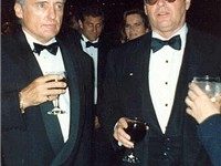Nicholson (right) and Dennis Hopper at the 62nd Academy Awards, March 26, 1990