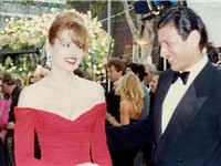 Goldblum with Geena Davis in 1990