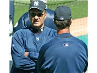 Torre talking with Don Mattingly in 2007 spring training