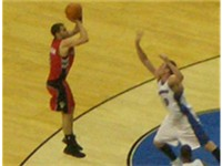 Calder n taking a jump shot in a 2006--07 game against the Washington Wizards
