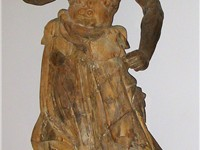 A Japanese wooden kongorikishi statue from the 14th century, Kamakura period.