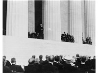 President Warren G. Harding speaks at the dedication of the Memorial in 1922