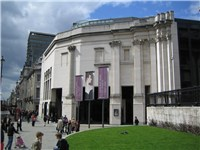 The Sainsbury Wing, as built, seen from Trafalgar Square