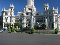 The plaza is the symbol for Madrid and it's famous for the Palacio de Comunicaciones, that hosts Mad