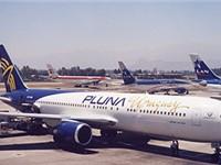 A PLUNA Boeing 767-300. (2007)