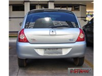 The Brazilian 2006 Renault Clio Hi-Flex 1.4 is a flex-fuel that runs on any blend of gasoline and et