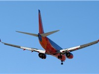 A Southwest Boeing 737-700 preparing to land at Lindbergh Field in San Diego. Complete elimination o