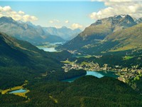 Engadin Valley, tourism constitutes an important revenue for the less industrialized alpine regions