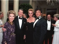 Sylvester Stallone with Brigitte Nielsen, Ronald Reagan and Nancy Reagan at the White House, 1985