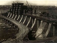 DniproGES hydroelectric power plant under construction circa 1930