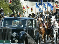 Robert Mugabe heading to the opening of Parliament