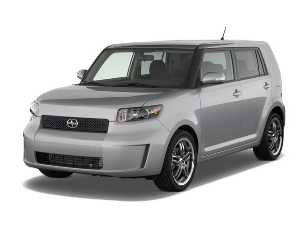 Scion Xb 2009 White. 2009 Scion xB