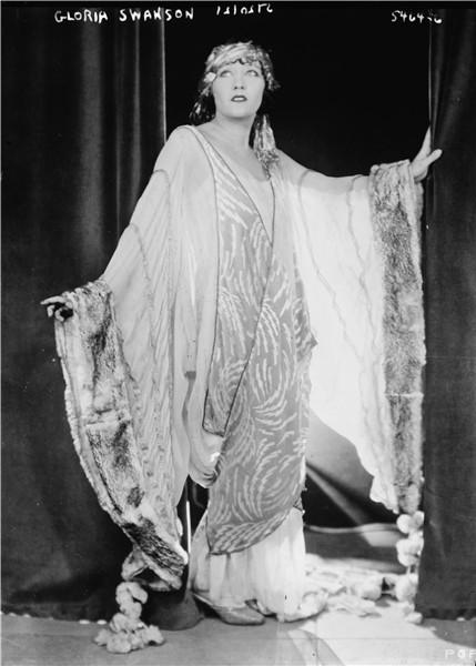 Gloria Swanson - Beautiful HD Wallpapers