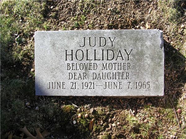 Judy Holliday - Wallpaper Image