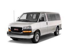 2010 GMC Savana Passenger Van Photo
